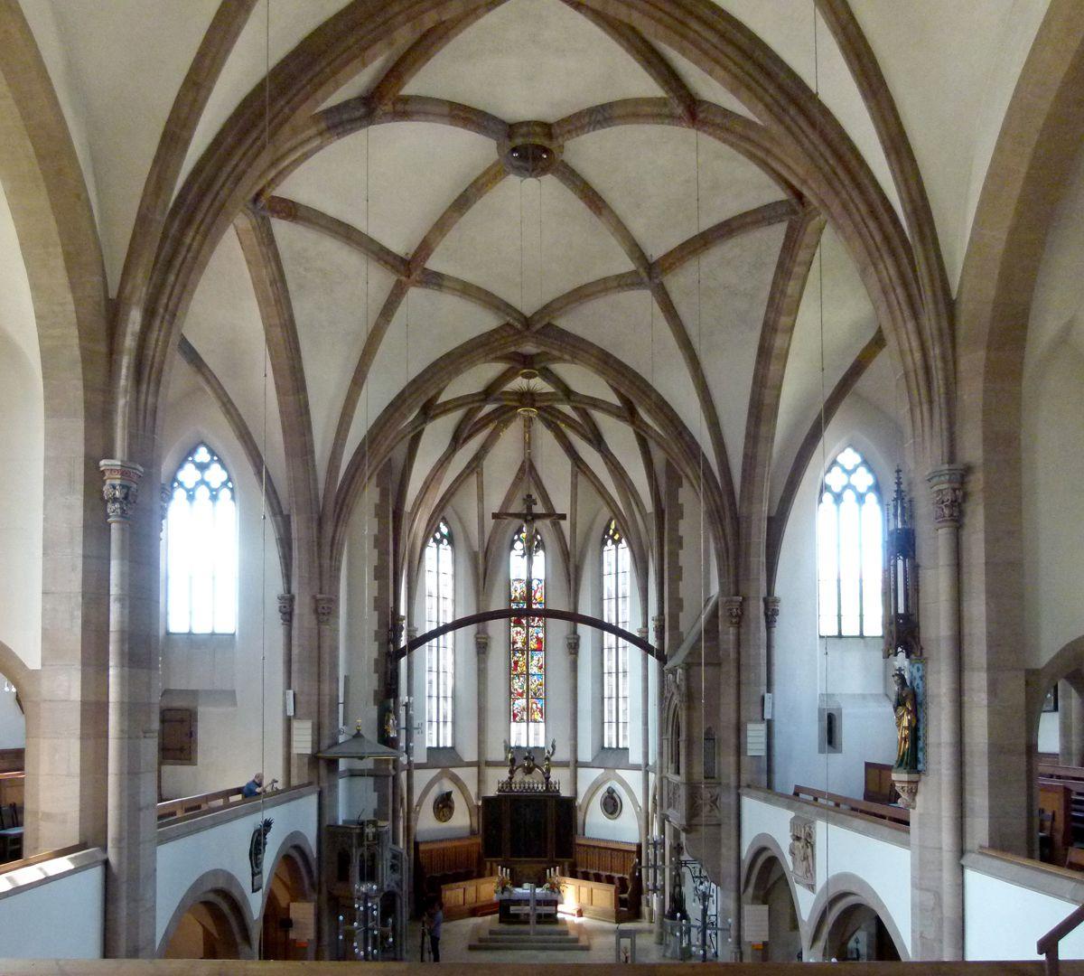 St. Peter Innenraum, Blick von O nach W mit Gewölbe