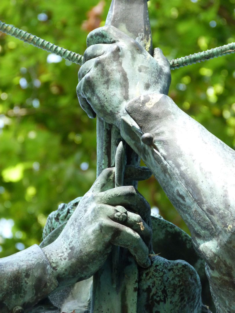 Schnepperschützenbrunnen Hände
