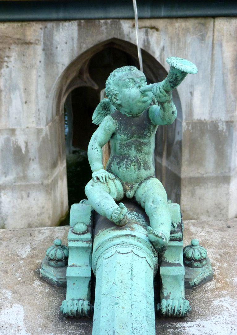 Schöner Brunnen Rohr mit Trompetenputto, Renaissance