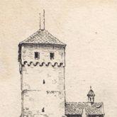 Vorhof der Burg mit Heidenturm