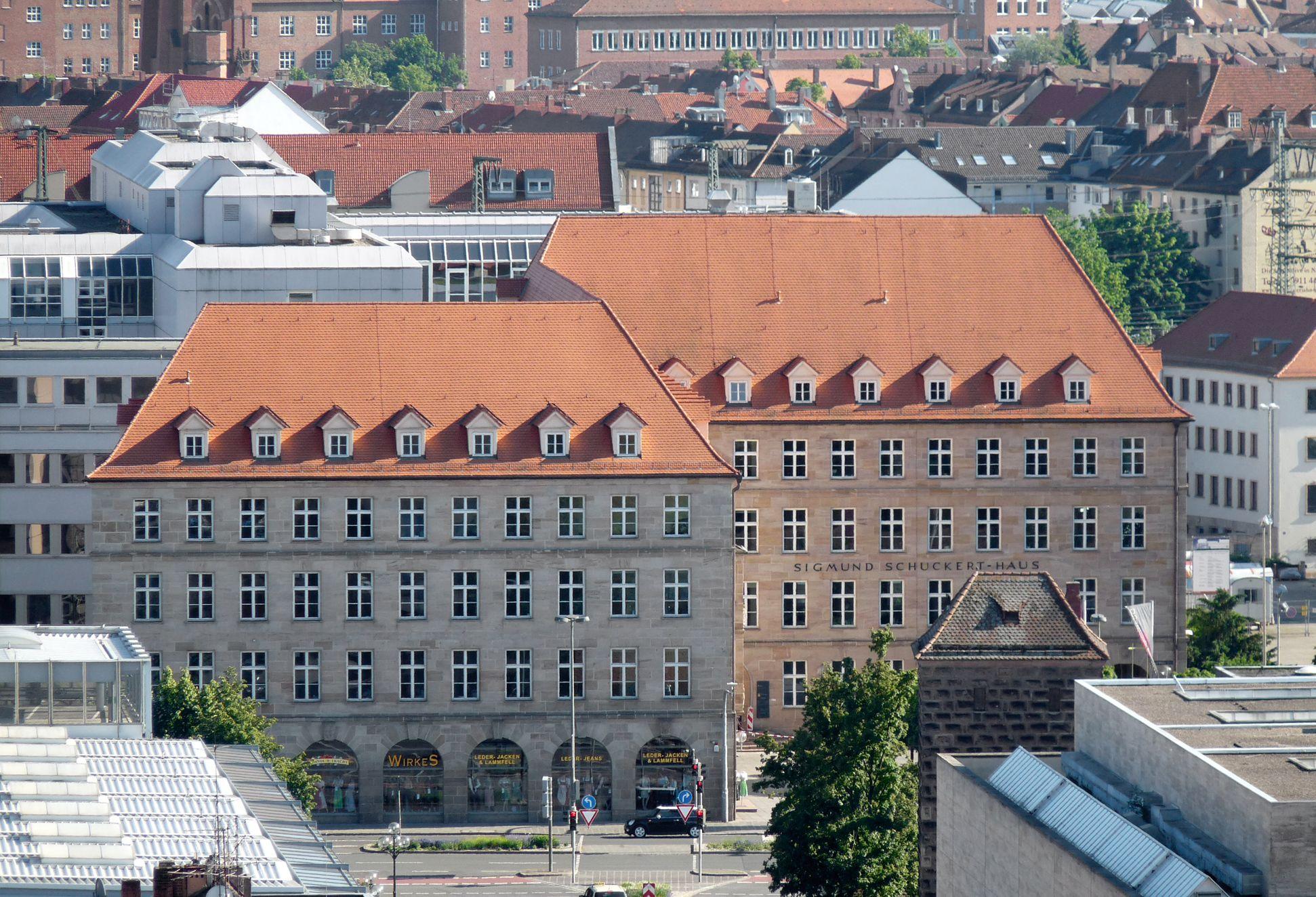 Sigmund Schuckert-Haus Gesamtansicht von Nord