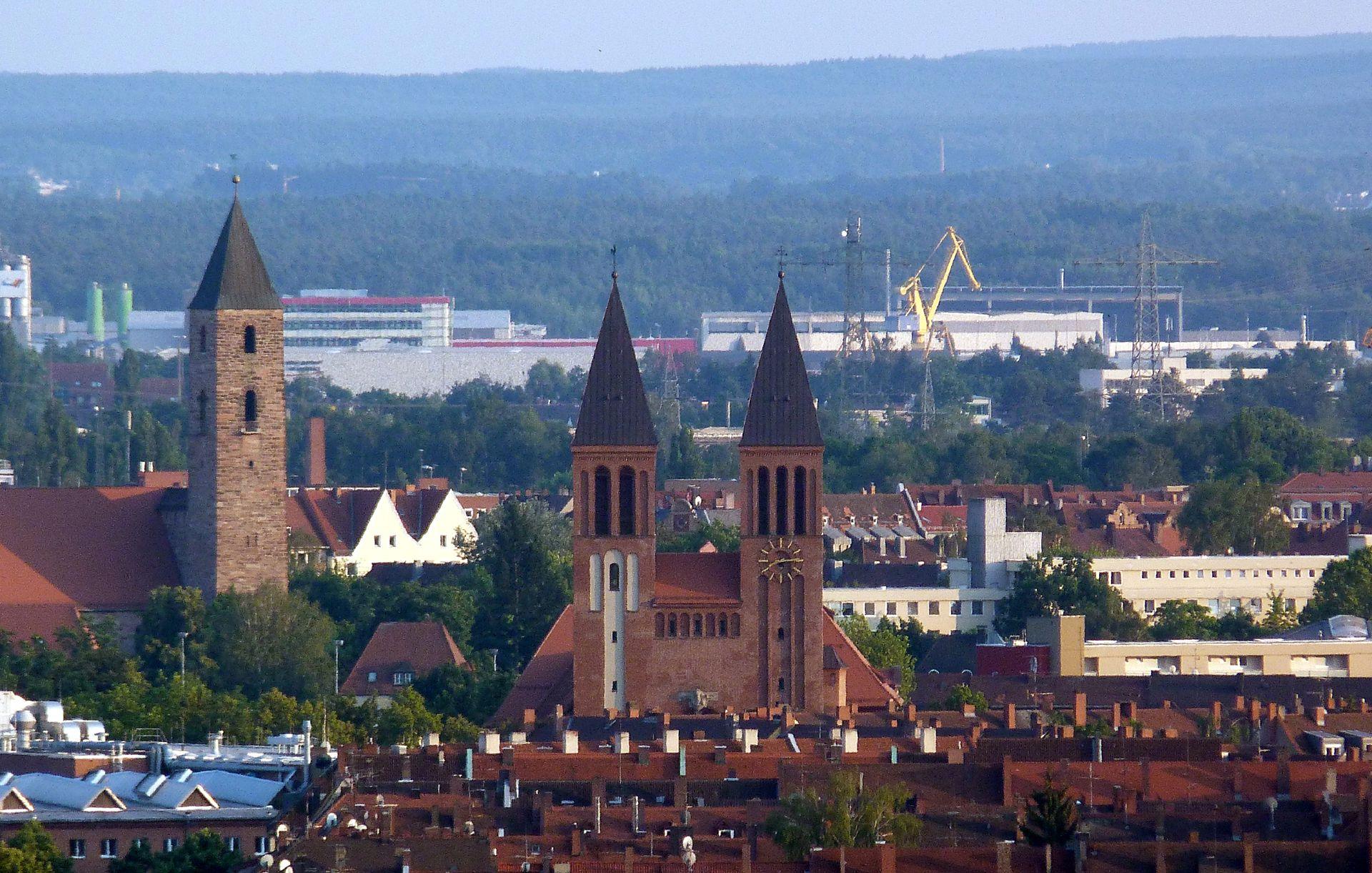 St. Ludwig Blick über die Dächer von Gibitzenhof auf St. Ludwig