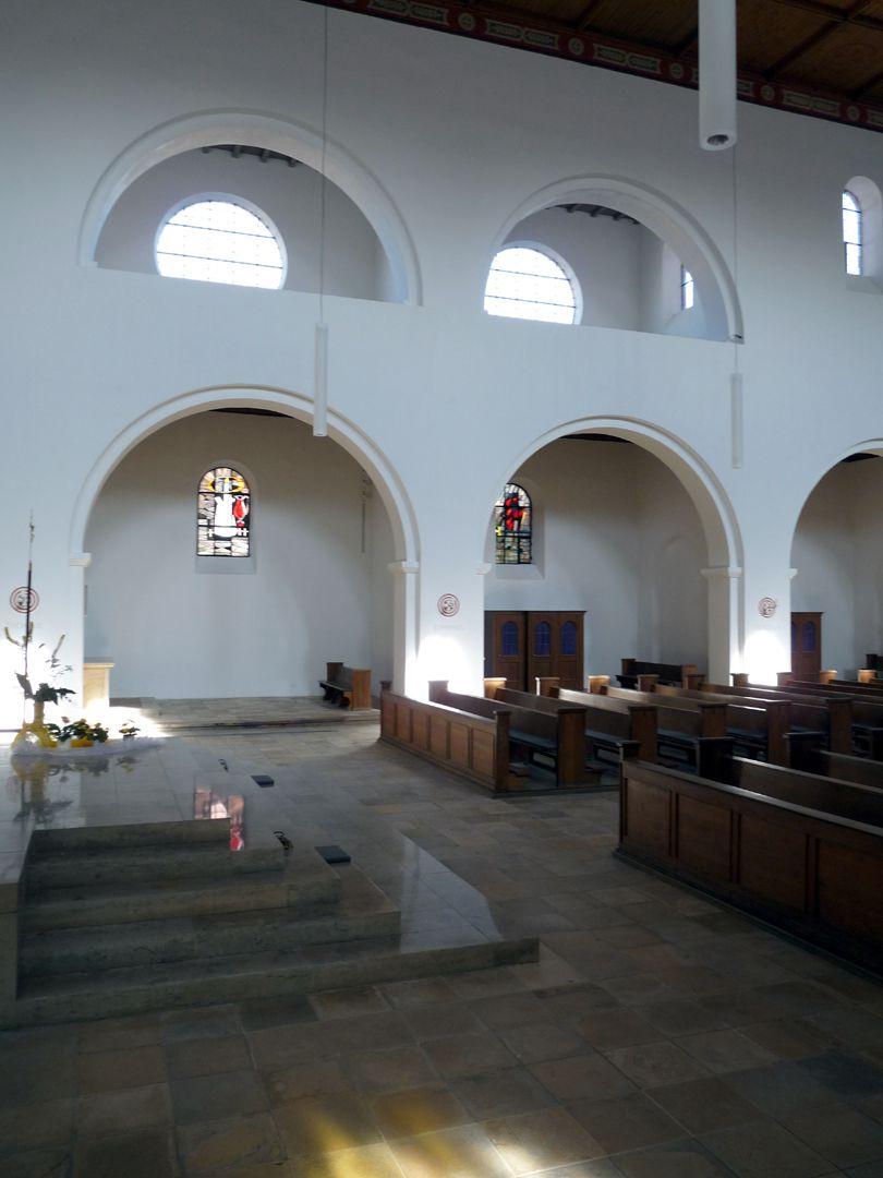 St. Ludwig Durchblick in Richtung Abseiten