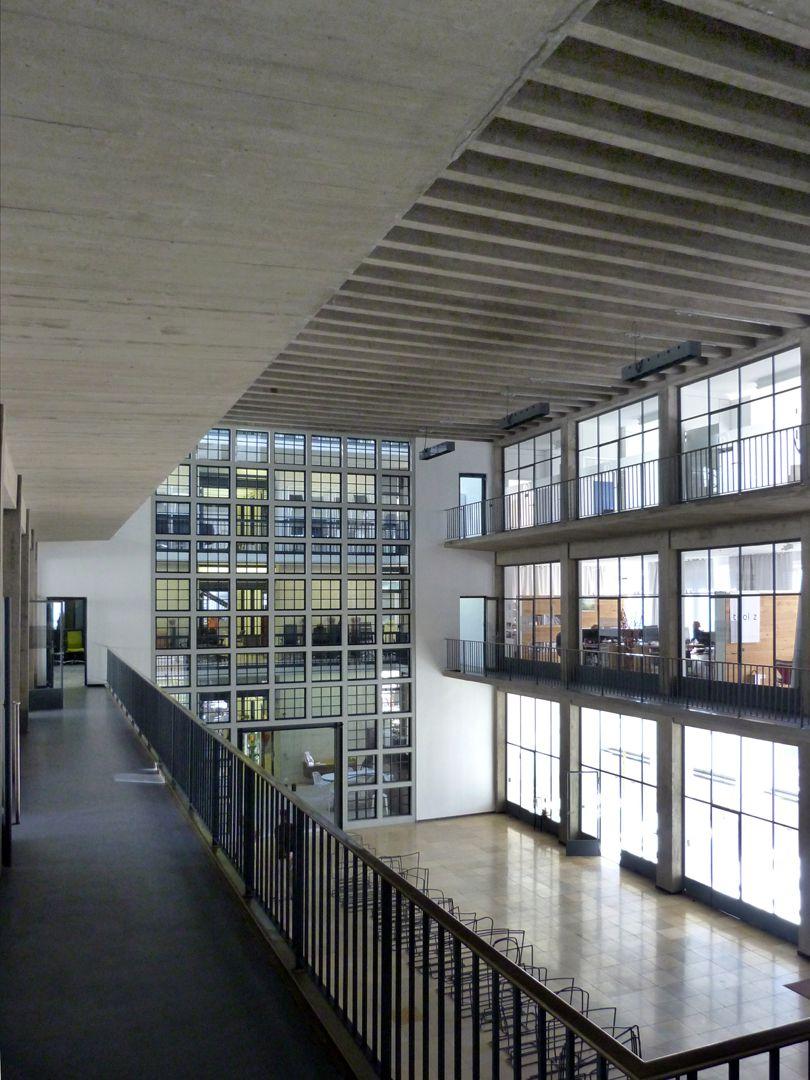 Milchhof Innenraum von der ersten Galerie, Schrägsicht