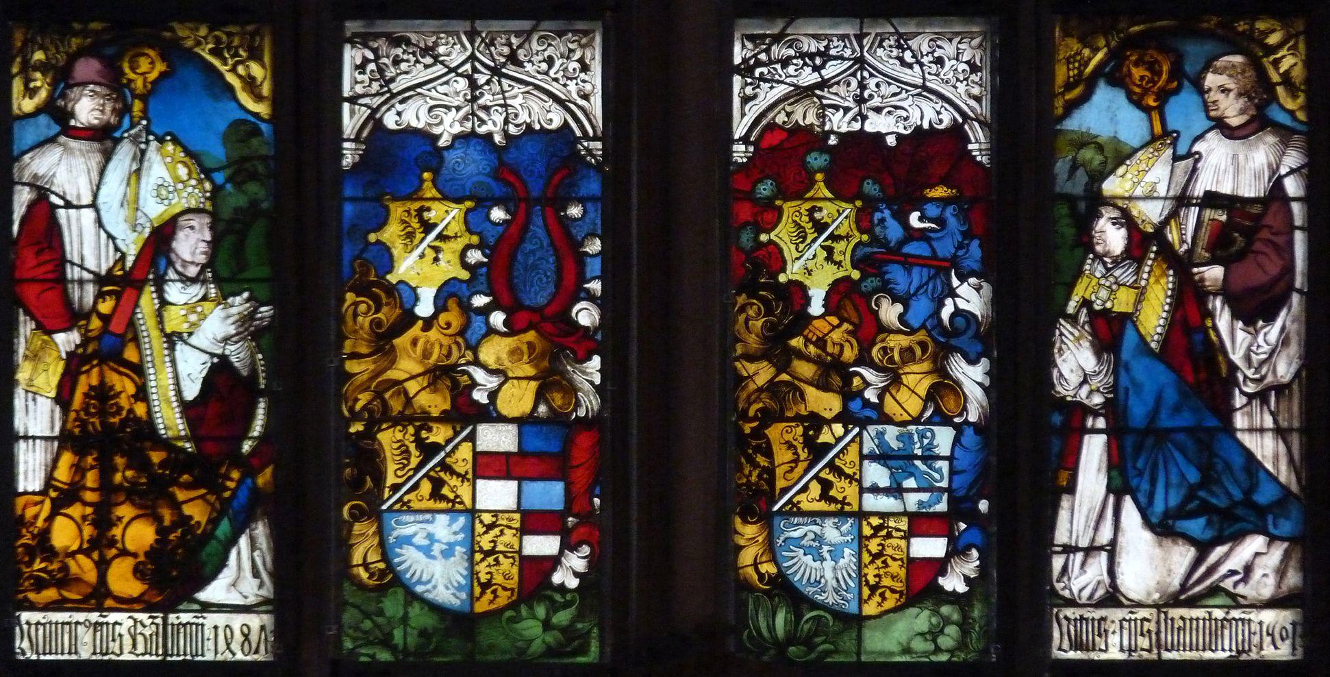 Bamberger Fenster erste Fensterzeile von unten, zwei Stifterbilder Bamberger Bischöfe und Wappen