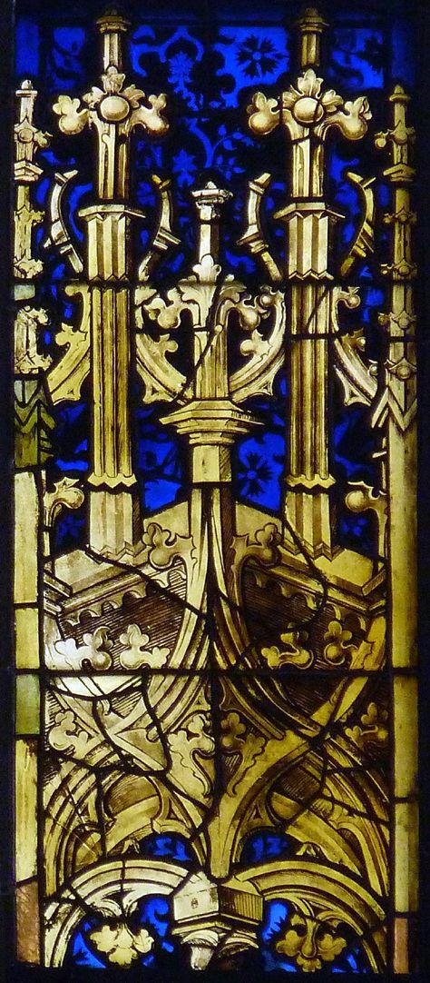 Bamberger Fenster vierte Fensterzeile von unten, dritte Fensterbahn von links, Baldachin