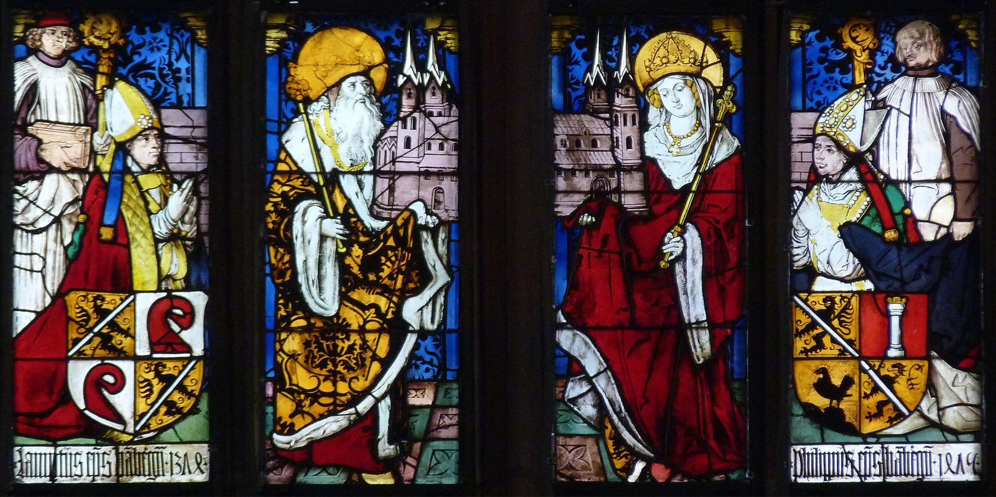 Bamberger Fenster dritte Fensterzeile von unten, Kaiser Heinrich und Kaiserin Kunigunde zwischen zwei Stifterbildern Bamberger Bischöfe