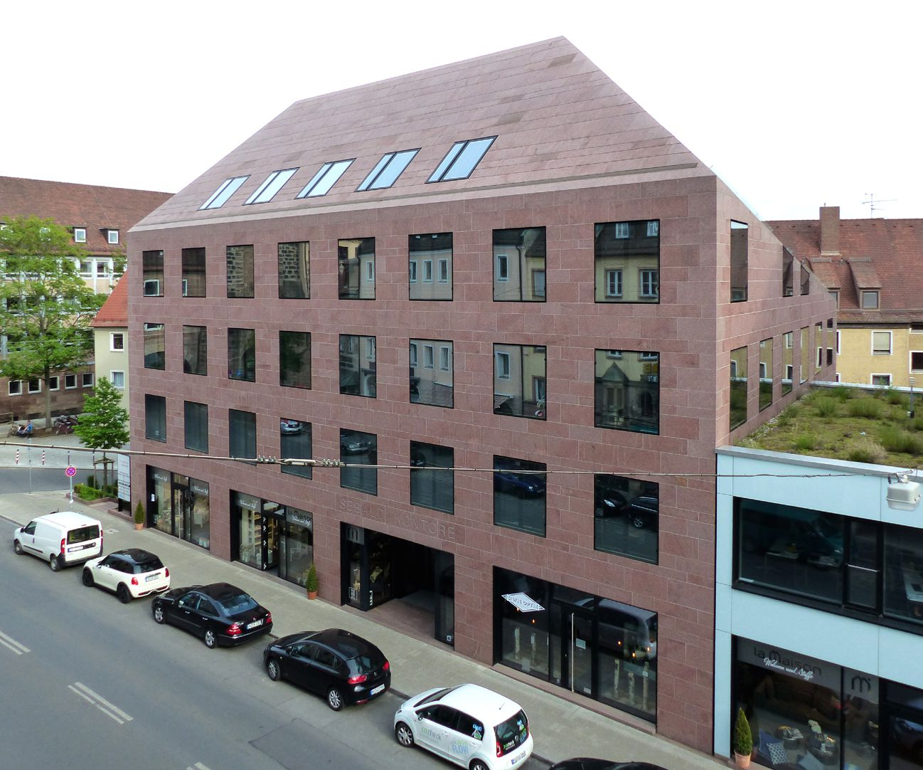 Sebalder Kontore Hauptfassade an der Inneren Laufer Gasse, Schrägansicht von Nordwest