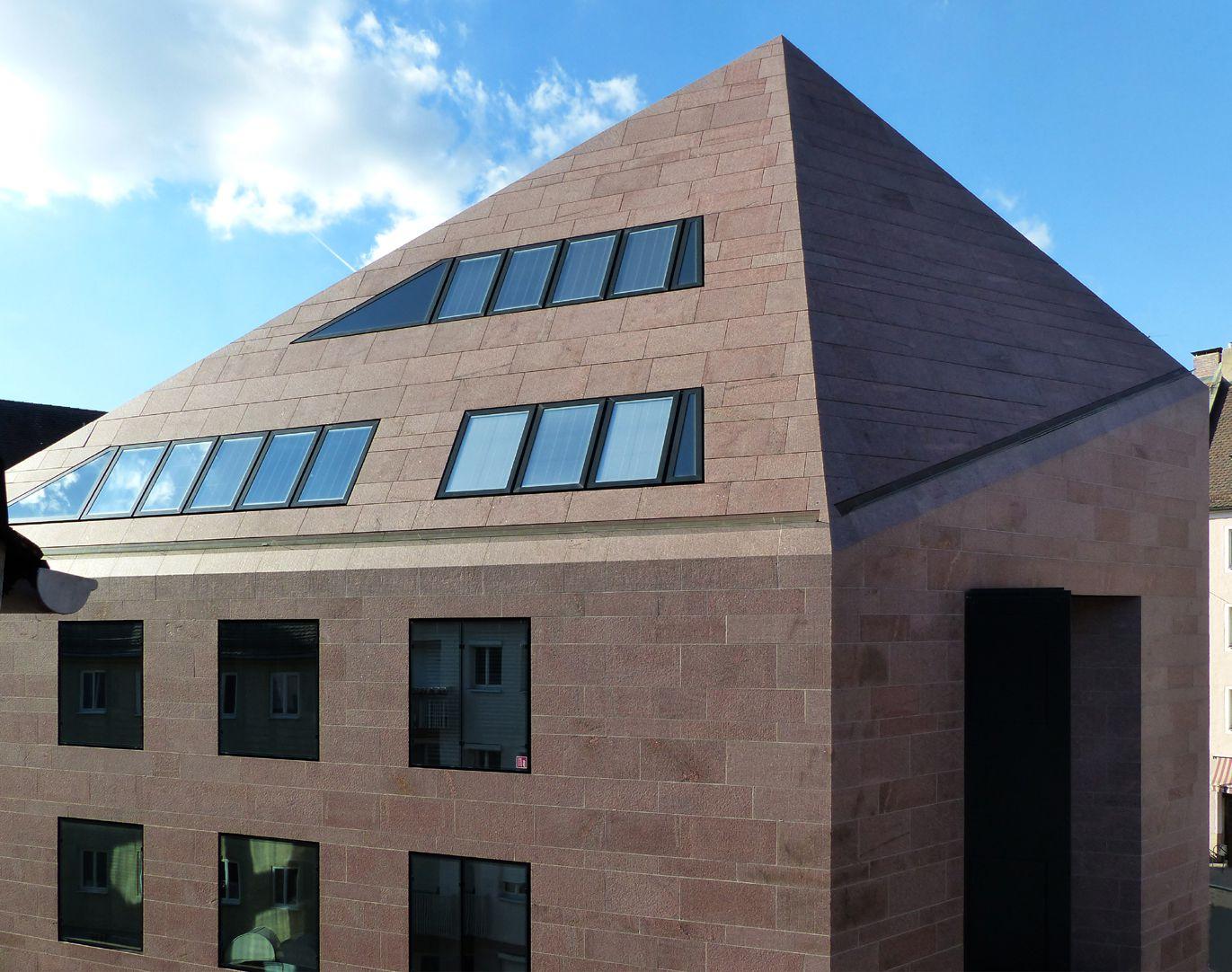 Sebalder Kontore Dach, Süd- und Ostfassade