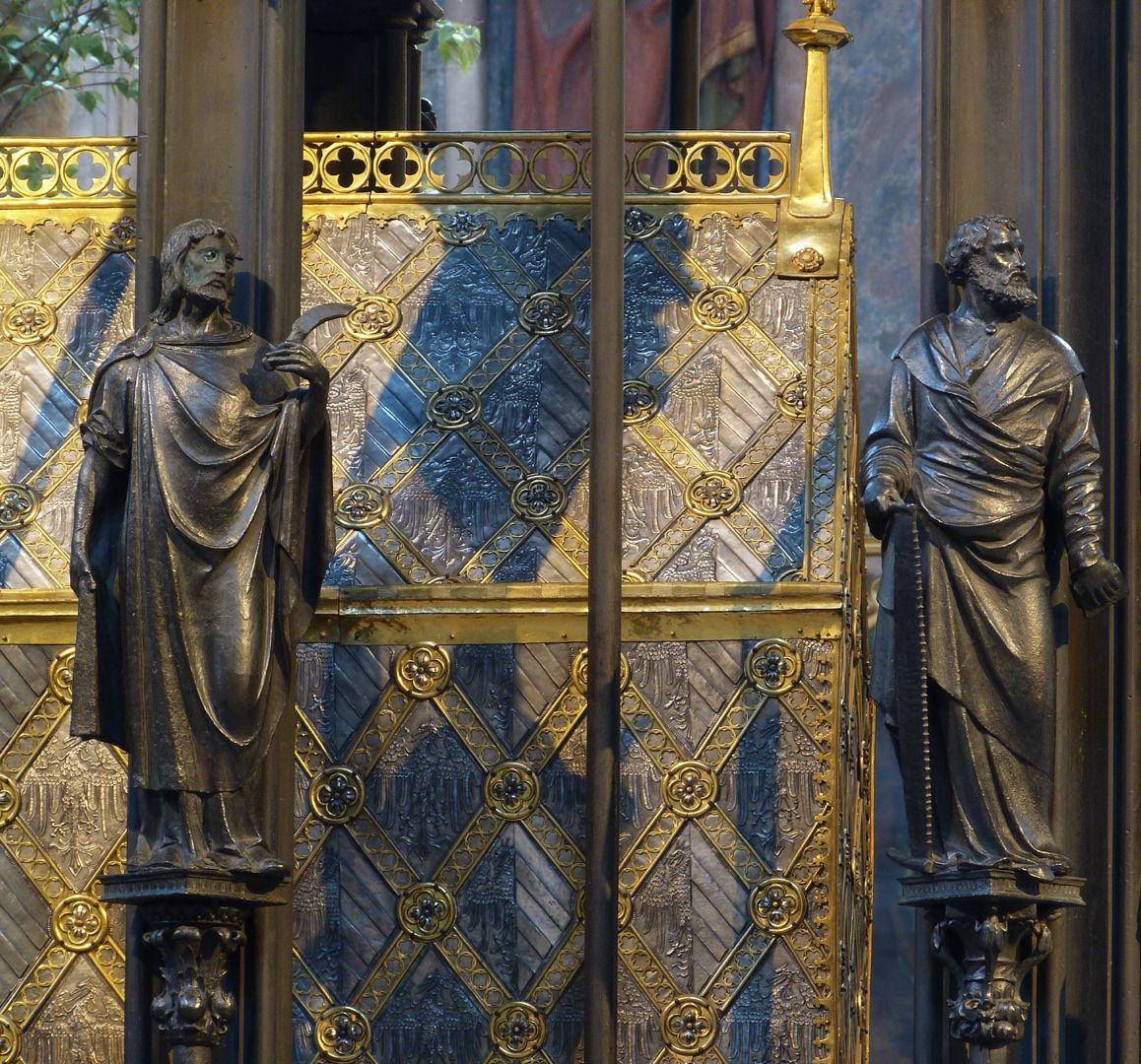 Sebaldusgrab (Nordseite) Bartholomäus und Simon