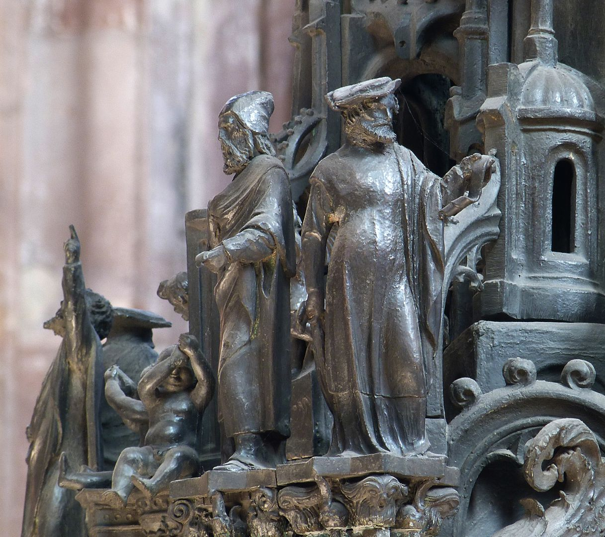 Sebaldusgrab (Südseite) Propheten der Südwestecke