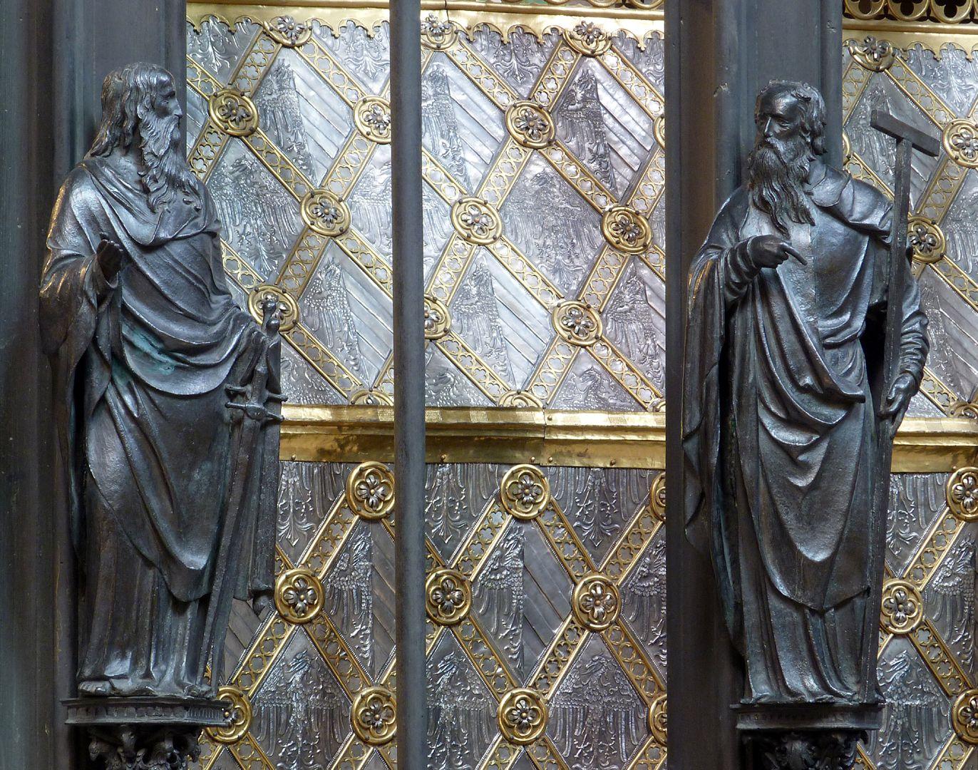 Sebaldusgrab (Südseite) Paulus und Philippus