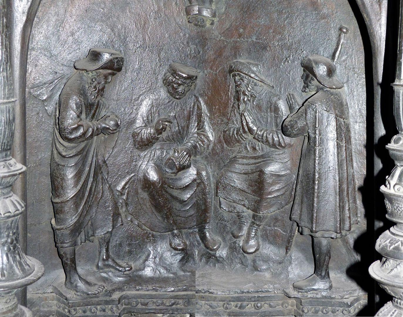 Sebaldusgrab (Südseite) Sebalduslegende, Relief mit dem Weinwunder, (zwei zusammen gesetzte Fotos)