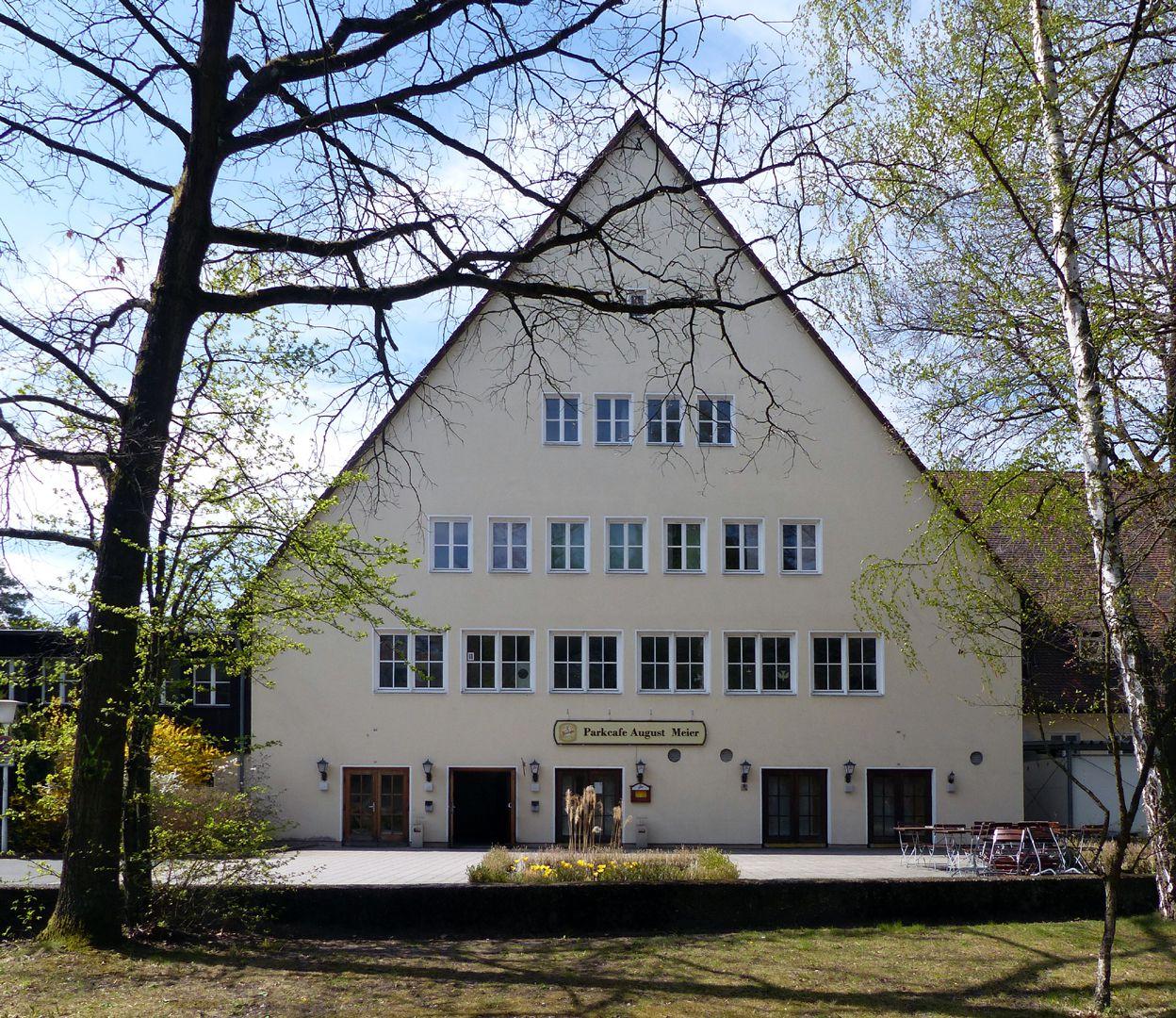 Arbeiterunterkünfte (heute August-Meier-Siedlung) Haupthaus mit Ess- und Festsaal