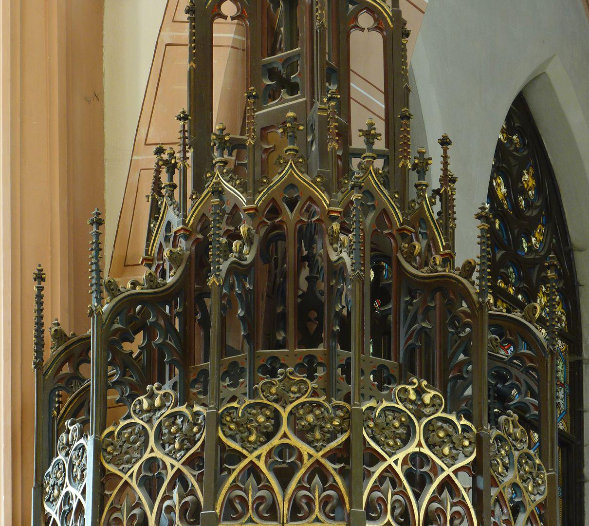 Stadtkirche St. Peter (Sonneberg) Kanzelschalldeckel, Strebewerk