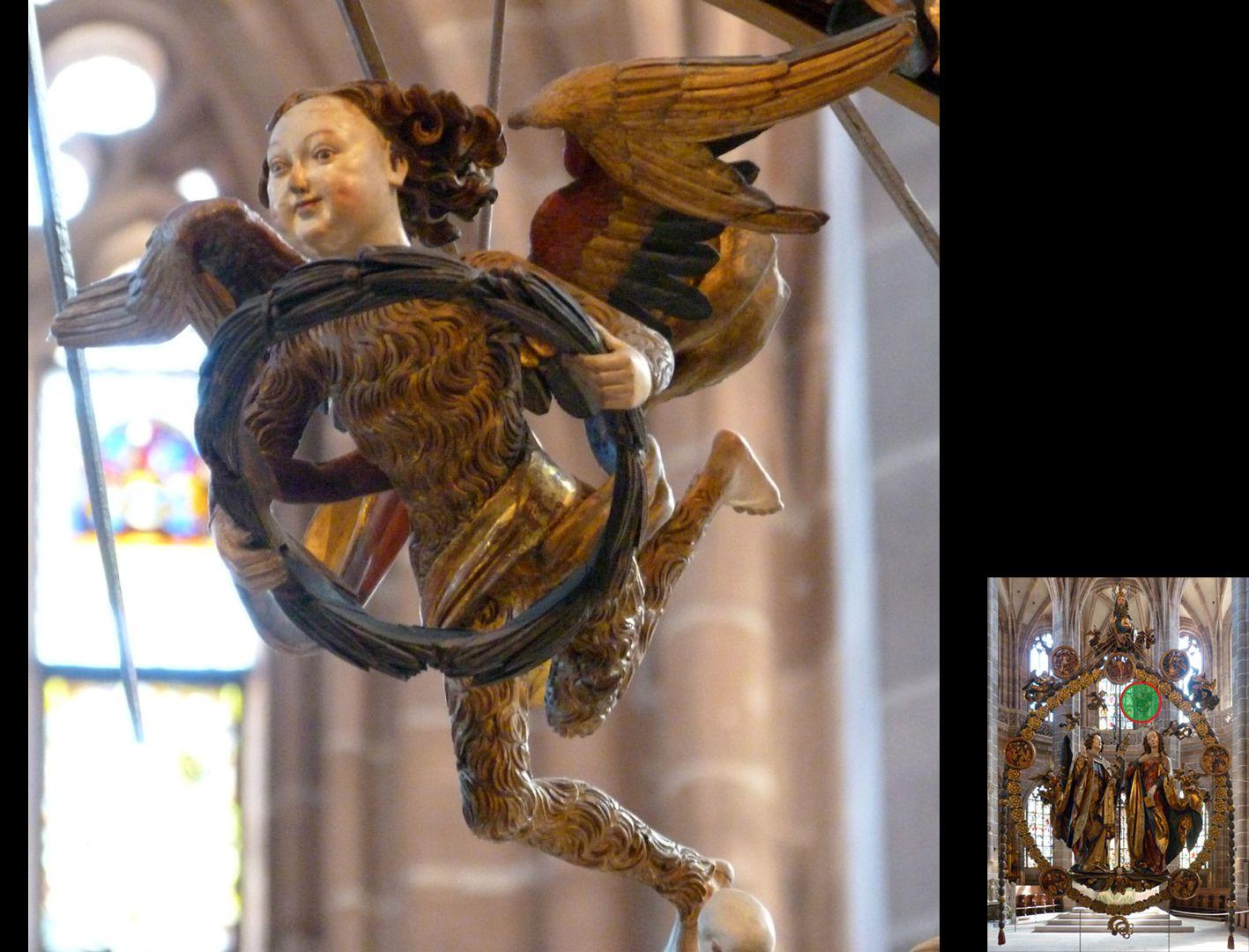 Englischer Gruß Engelchen im Fellkleid mit Kranz (unten rechts Detaillokalisierung)