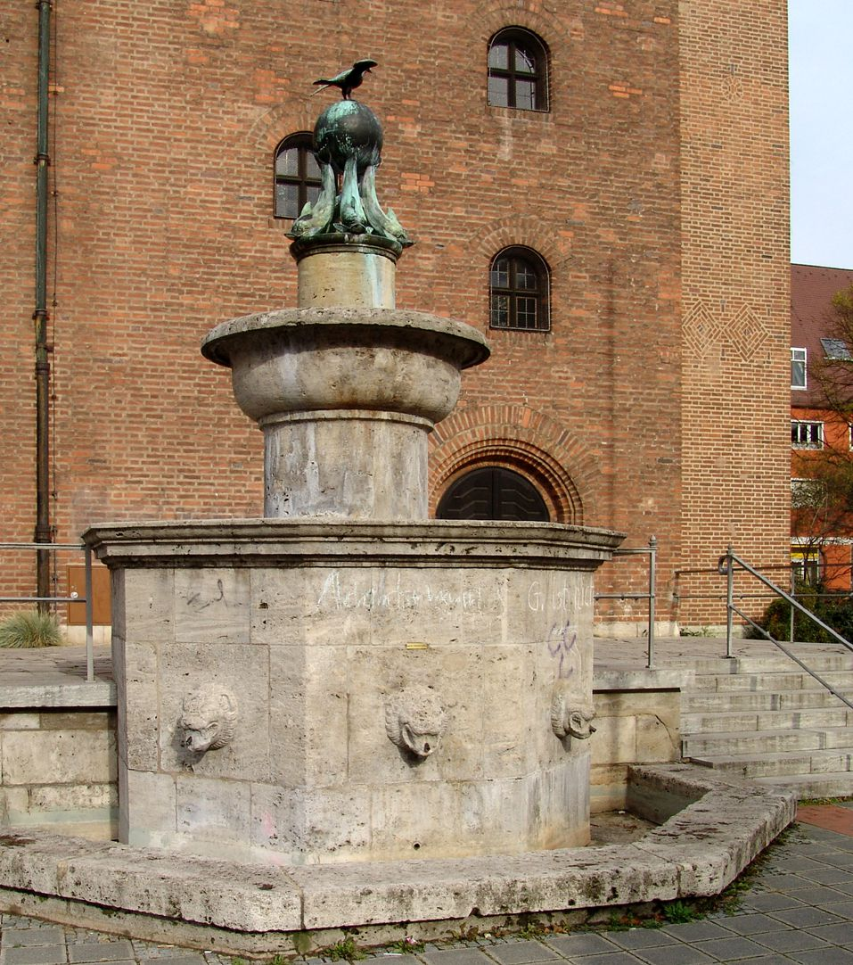 Symbolbrunnen Ansicht von Nordost