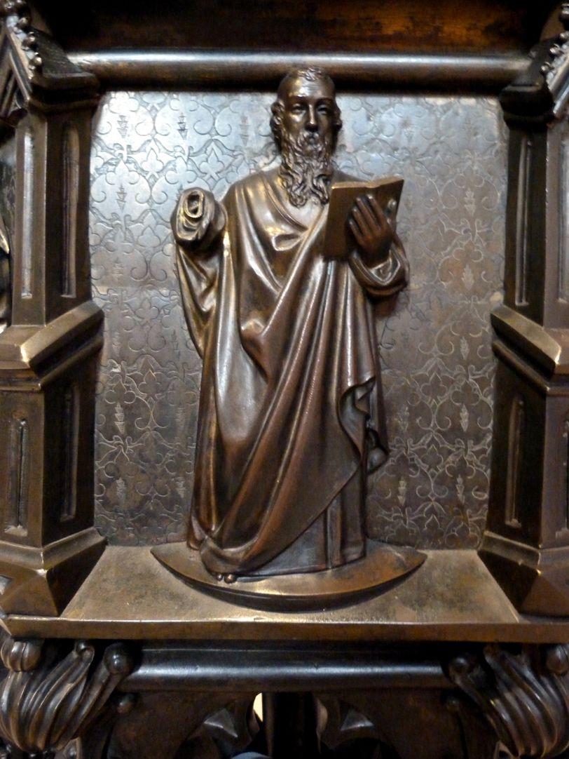 Taufbecken unbekannter Apostel als Hochrelief
