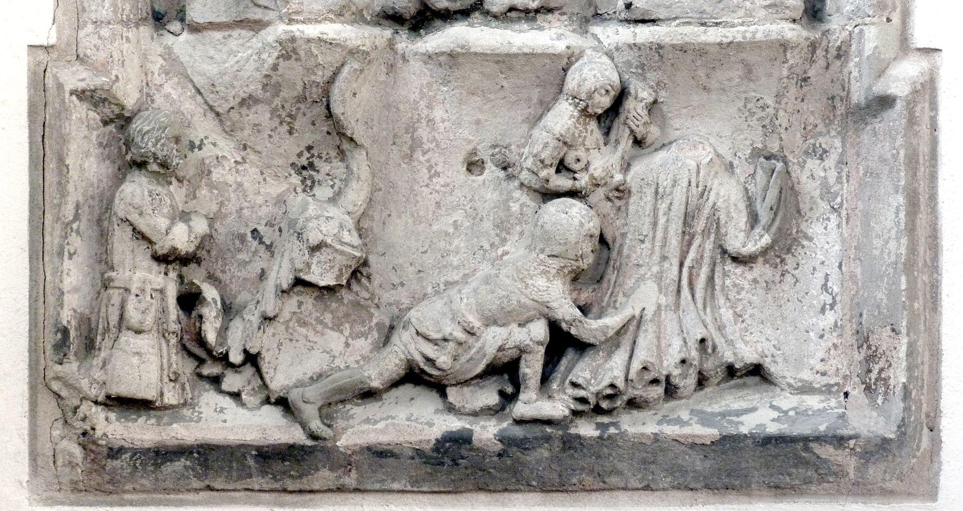 Der Gekreuzigte Sockel: links Stifter, rechts die Soldaten würfeln um die Kleidung Christi