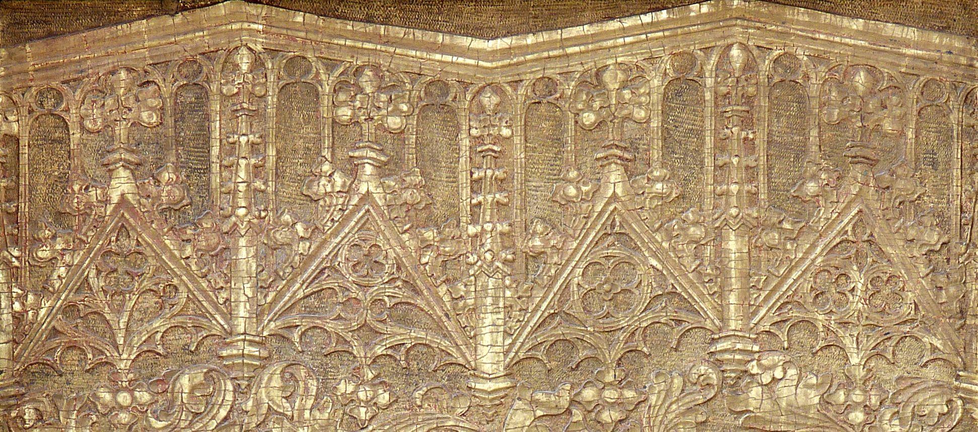 Tucheraltar Rechte Flügelseite, Flachrelief mit Wimpergbaldachinen
