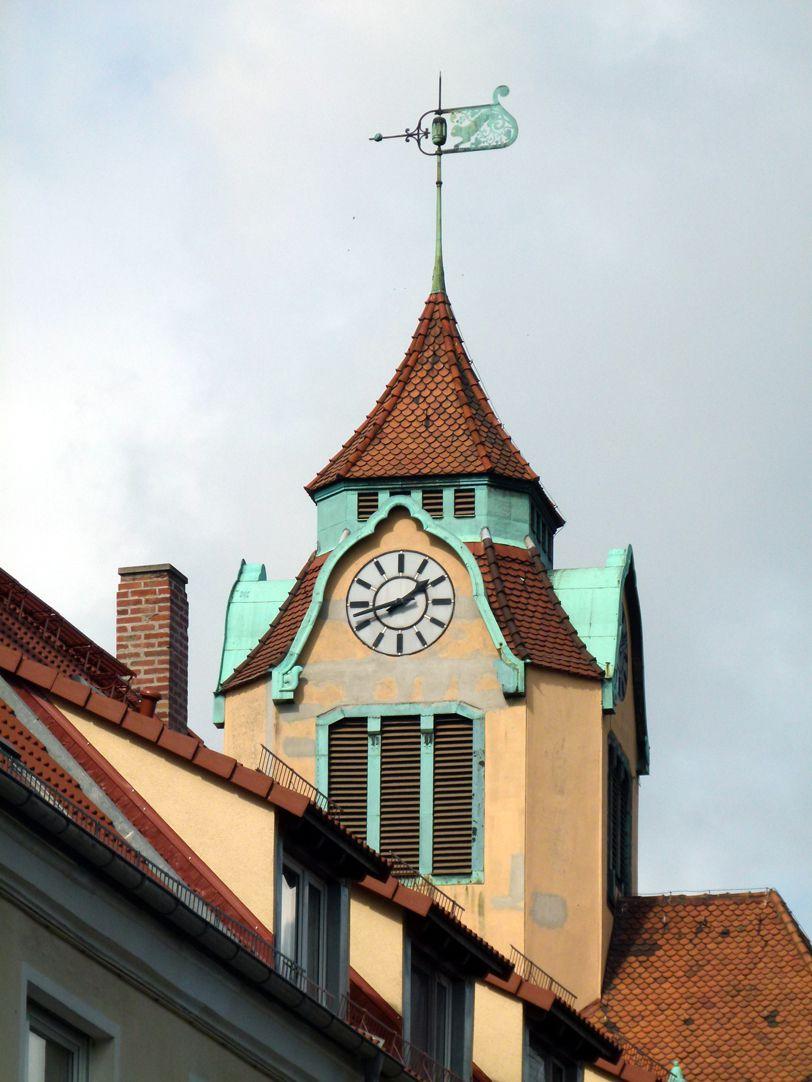 Ludwig-Uhland-Schule Uhrentürmchen