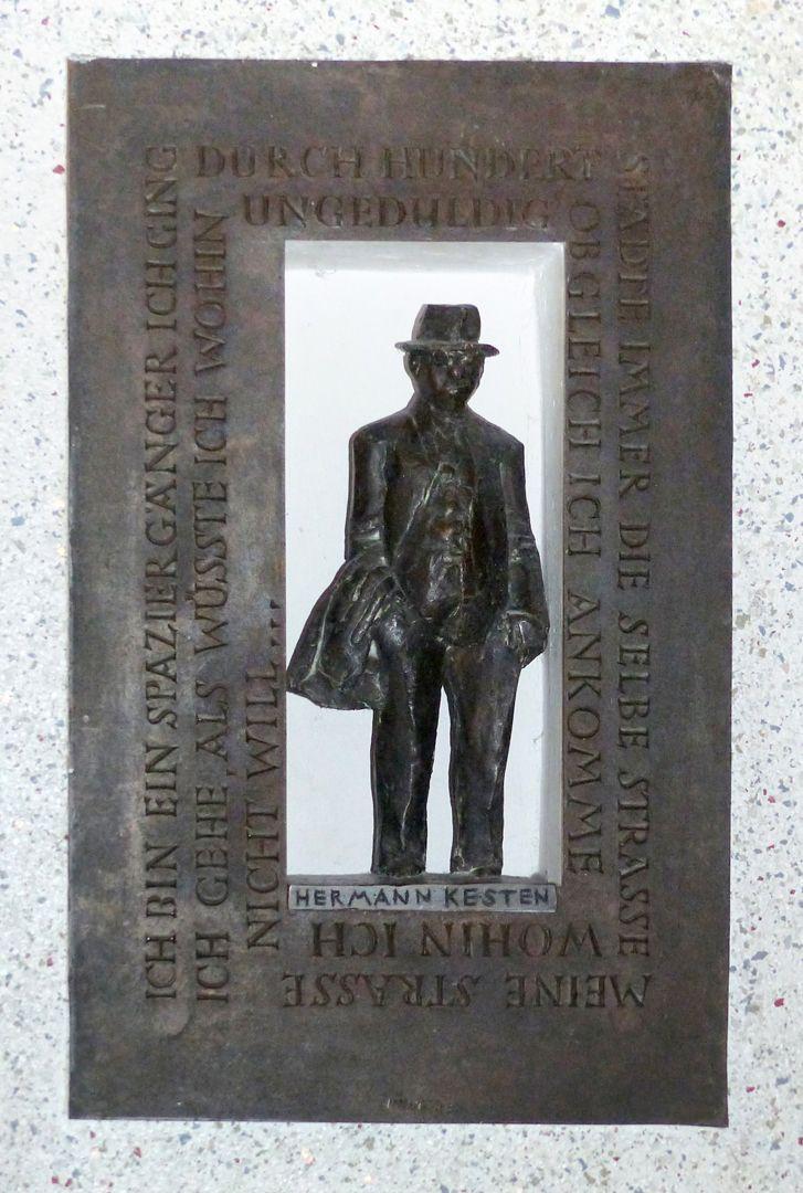 Hermann Kesten Figur nach einem Gipsmodell von 1984 (33,5 cm hoch)