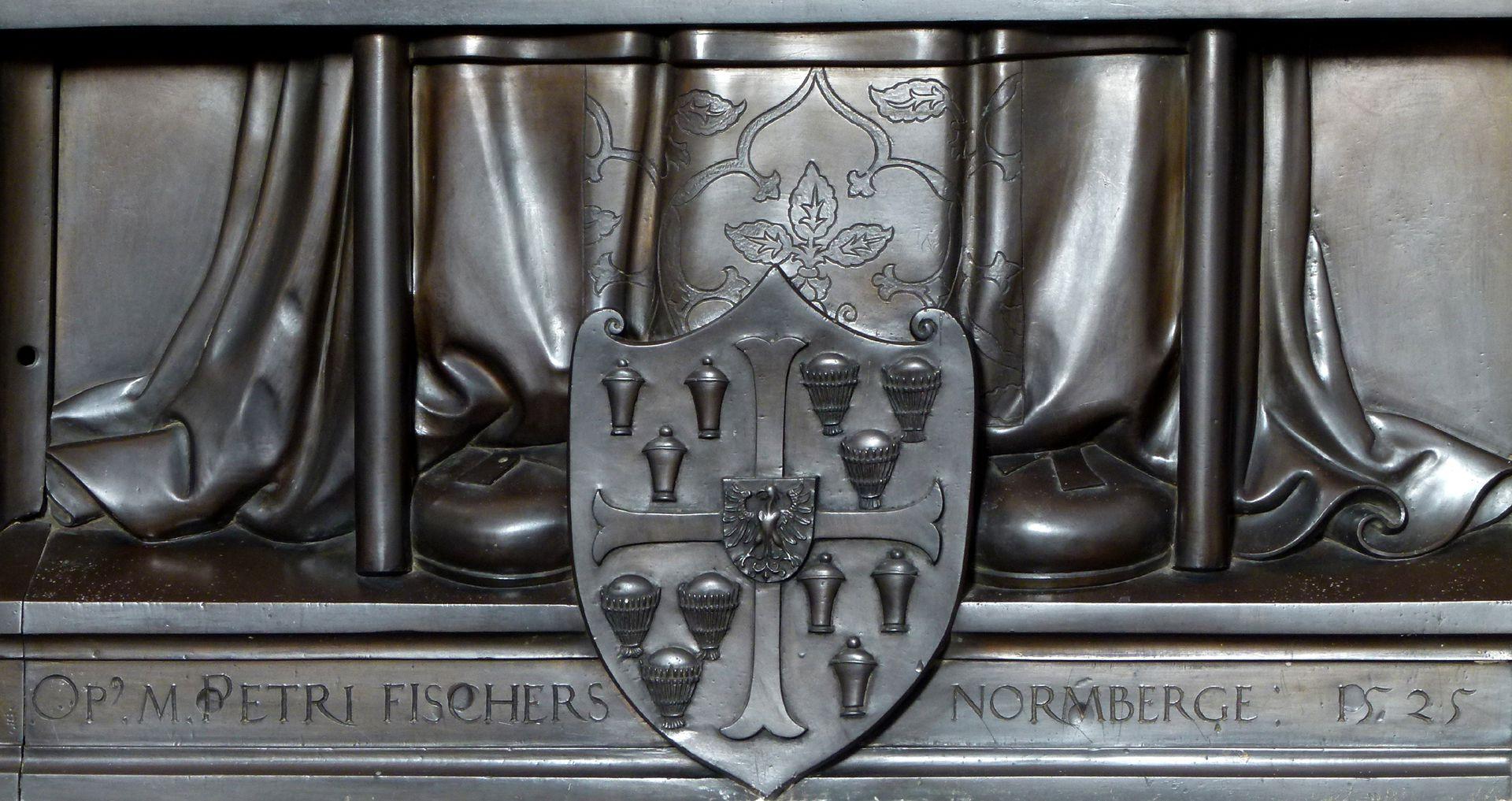 Gedächtnisplatte des Albrecht v. Brandenburg Signatur des Künstlers und Datierung
