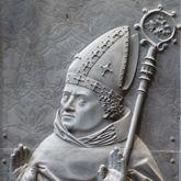 Grabplatte Bischofs Tilo v.Trotha