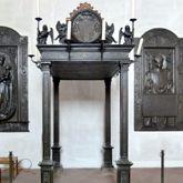 Gedächtnisanlage des Albrecht v. Brandenburg: Baldachin