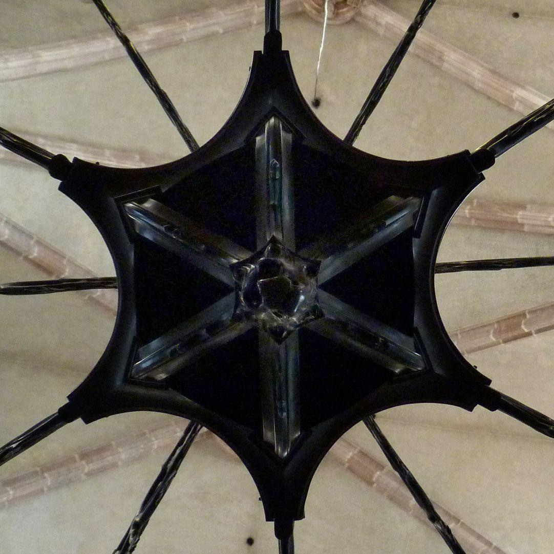 Bronzeleuchter Leuchterunterseite, Detail
