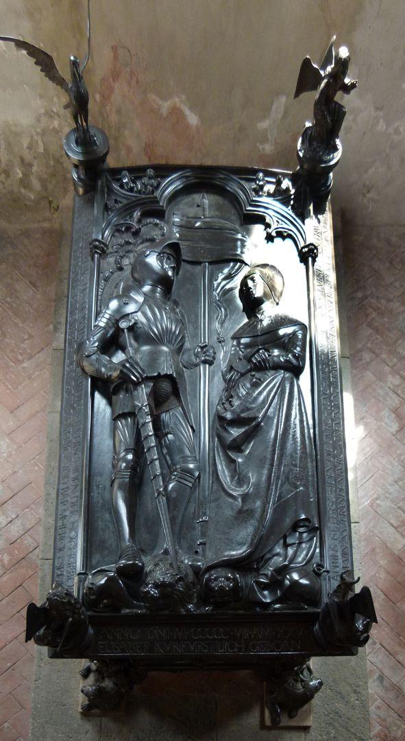 Tumba des Ehepaares Hermann und Elisabeth von Henneberg Deckplatte