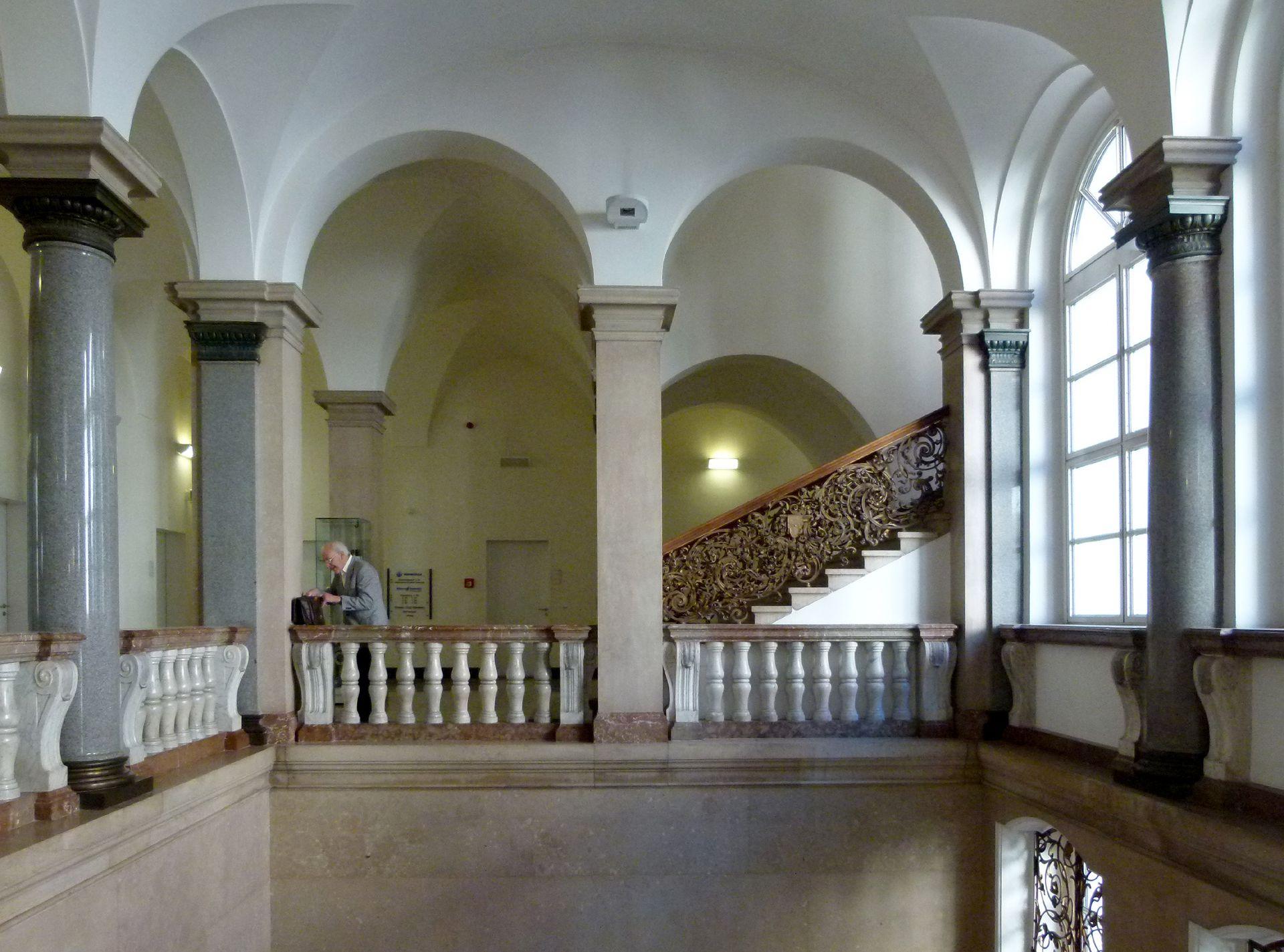 ehem. Bayerische Landesgewerbeanstalt Treppenhausgalerie