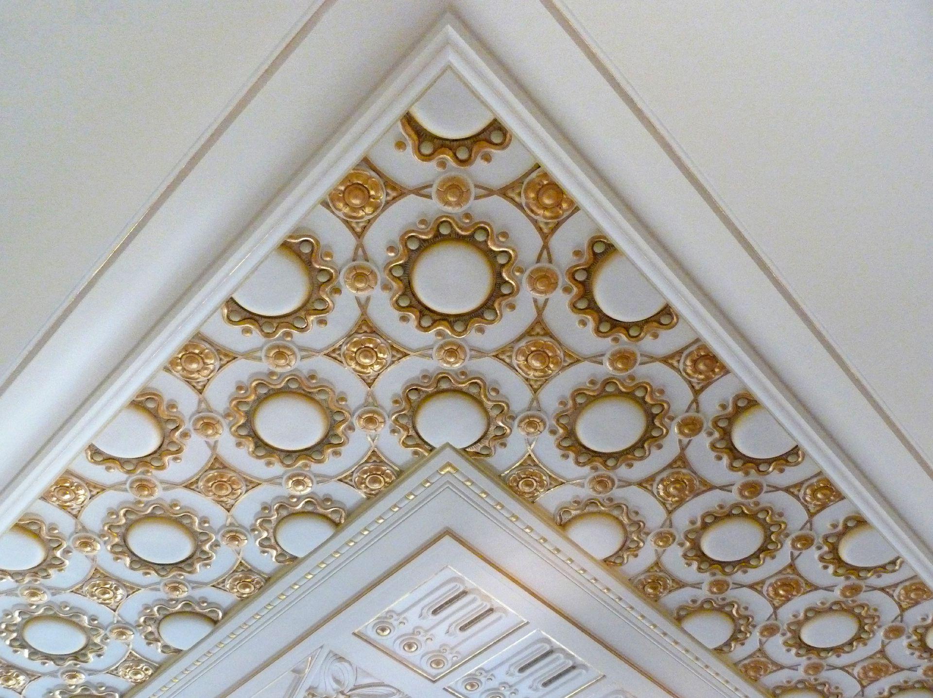 Schloss Faber-Castell Jugendstiltreppenhaus, Obergeschoss, Gipsplafond