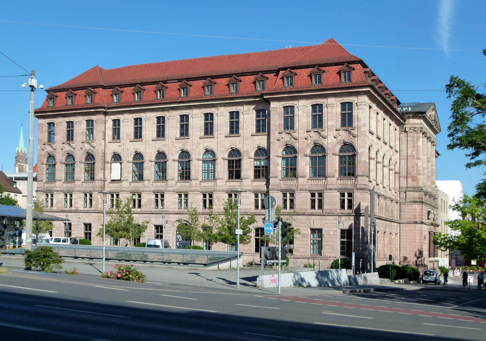 ehem. Bayerische Landesgewerbeanstalt Südostfassade
