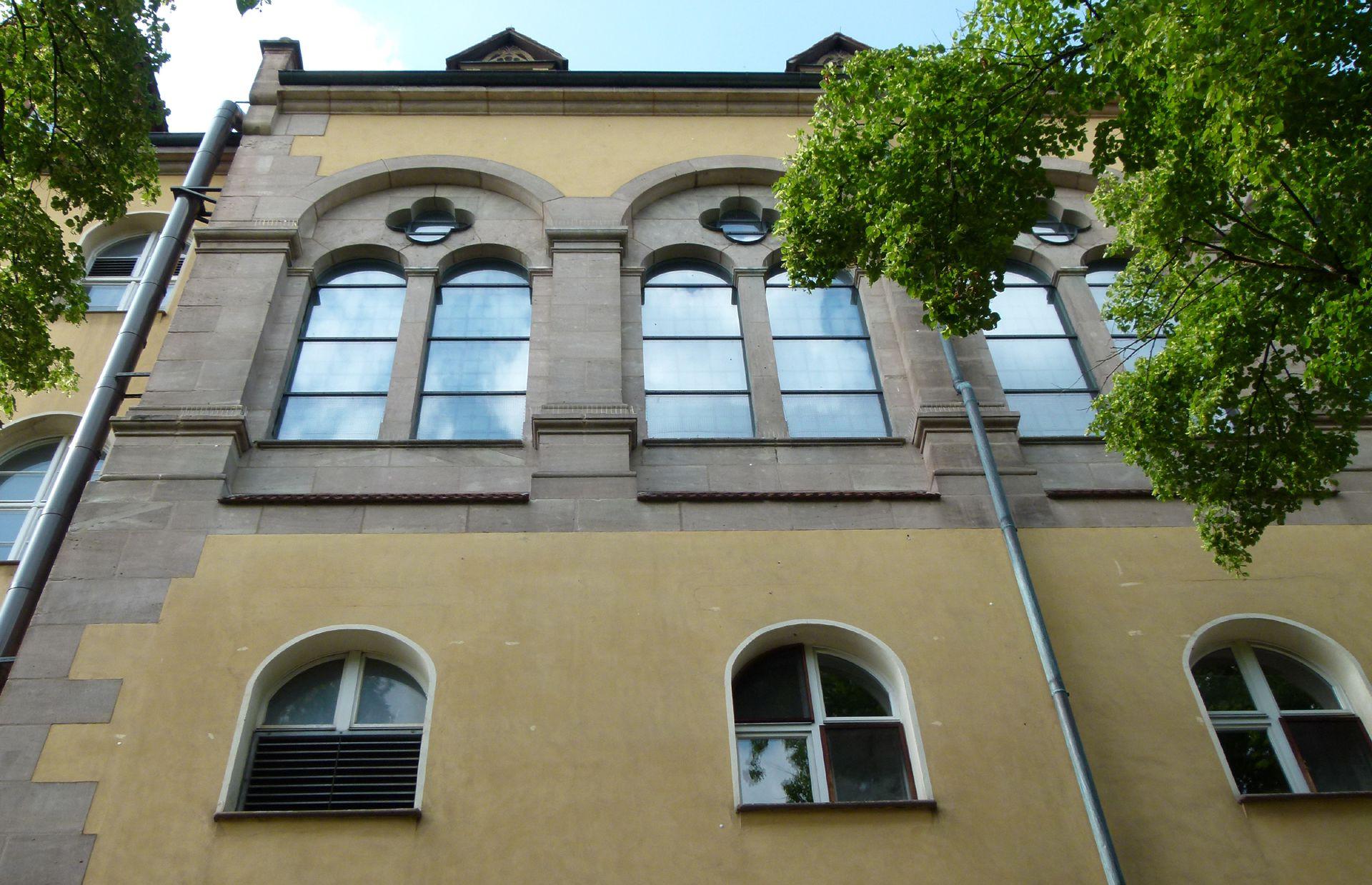 Sebastiansspital Kapelle, Detail der Seitenwand