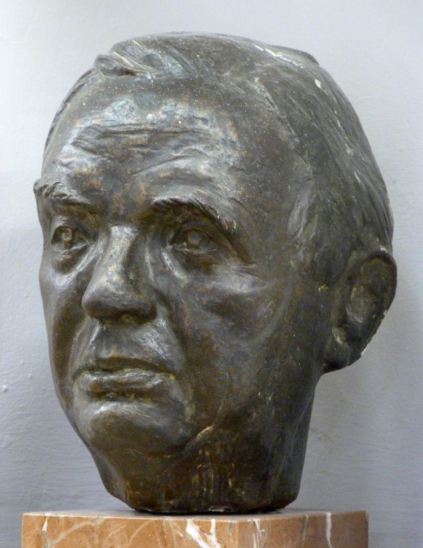 Wilhelm Vershofen seitliche Ansicht
