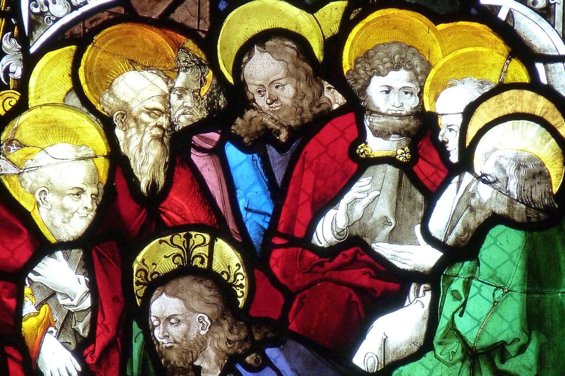 St. Bartholomäus, Chorfenster n II Fünfte Zeile, Fenster a, Fußwaschung, Detail mit Apostelköpfen