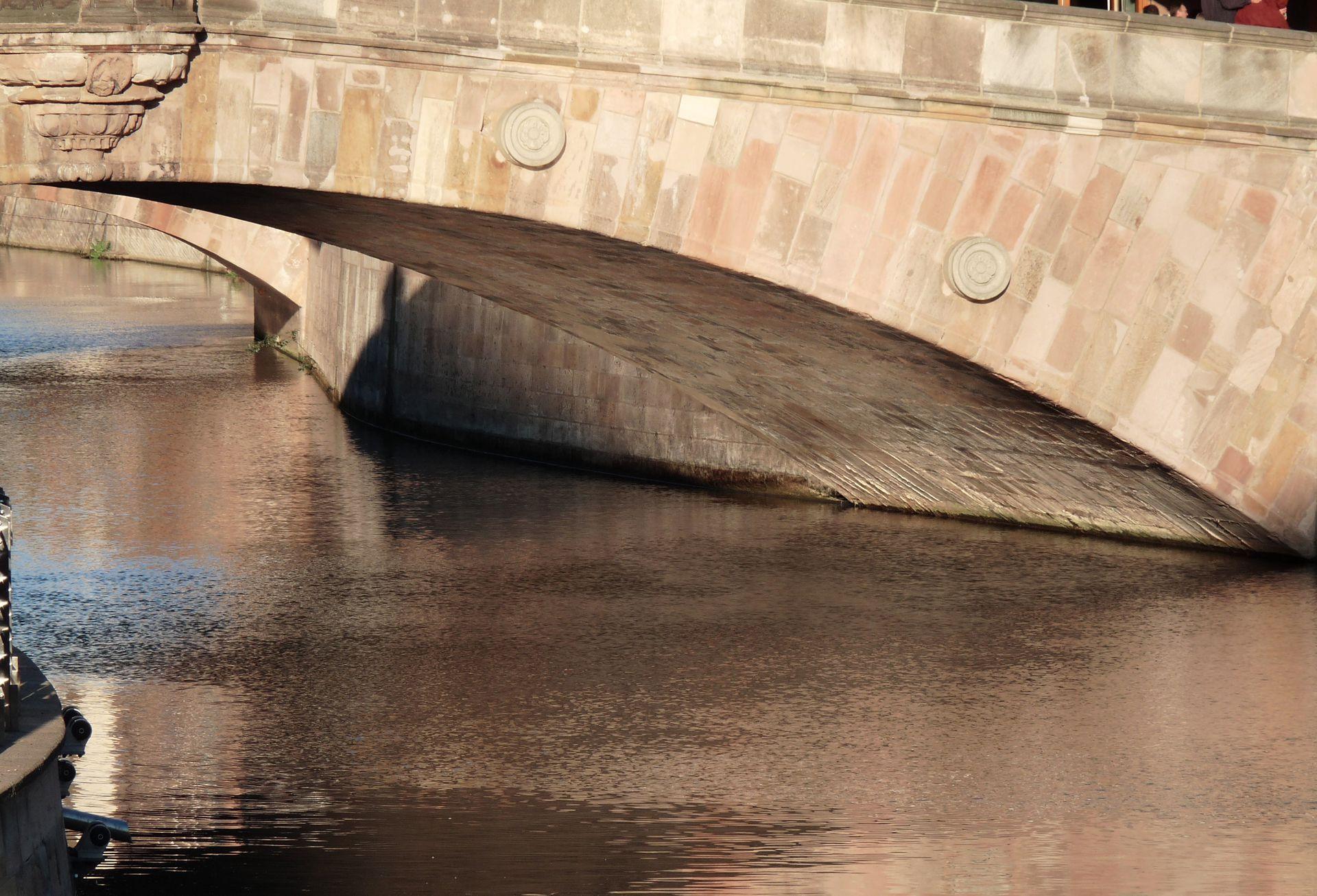 Fleischbrücke Fleischbrücke von O, Detail