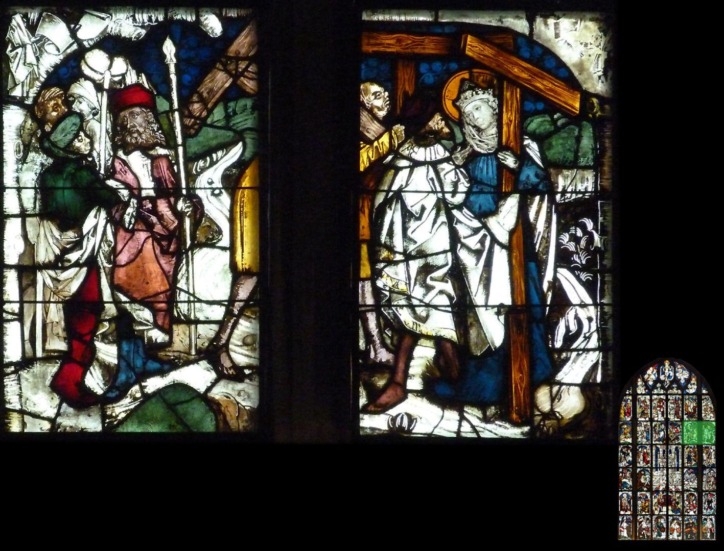 Kaiserfenster Übergabe des Kreuzes an Kaiserin Helena, links zwei Träger mit der heiligen Lanze und dem Stab mit dem Essigschwamm