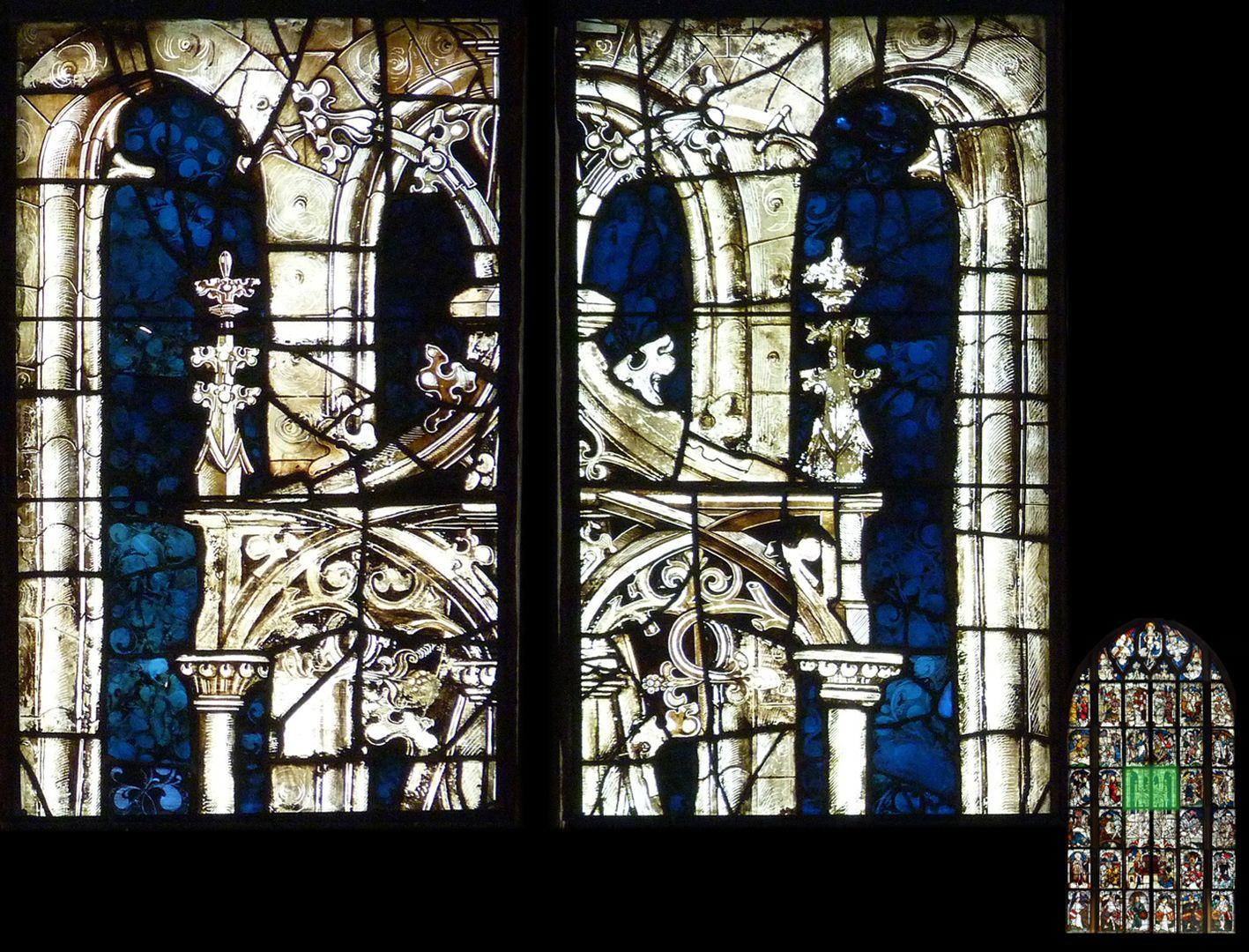 Kaiserfenster oberer Abschluss der Baldachinarchitektur über dem Kaiserpaar