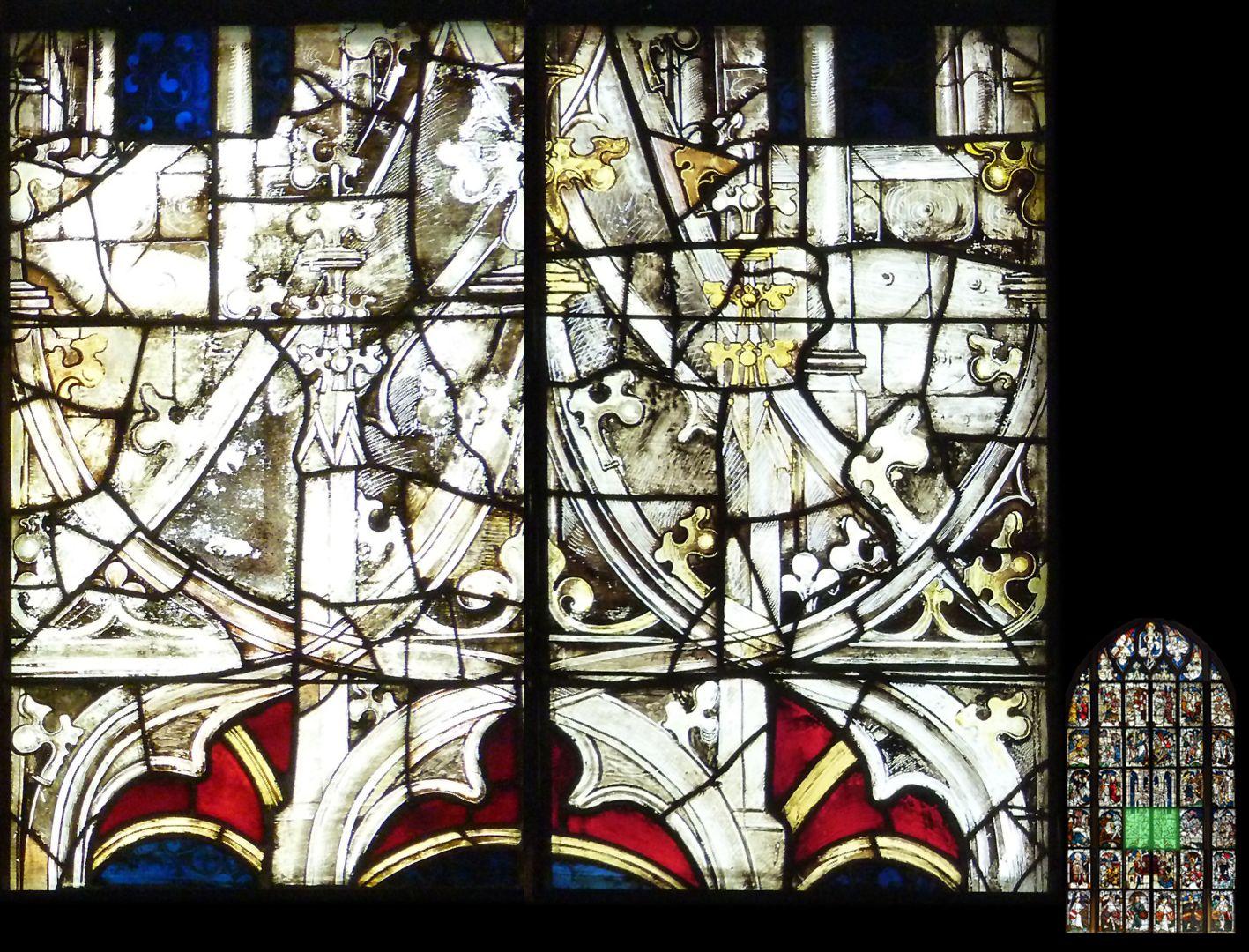 Kaiserfenster Baldachinarchitektur über dem Kaiserpaar