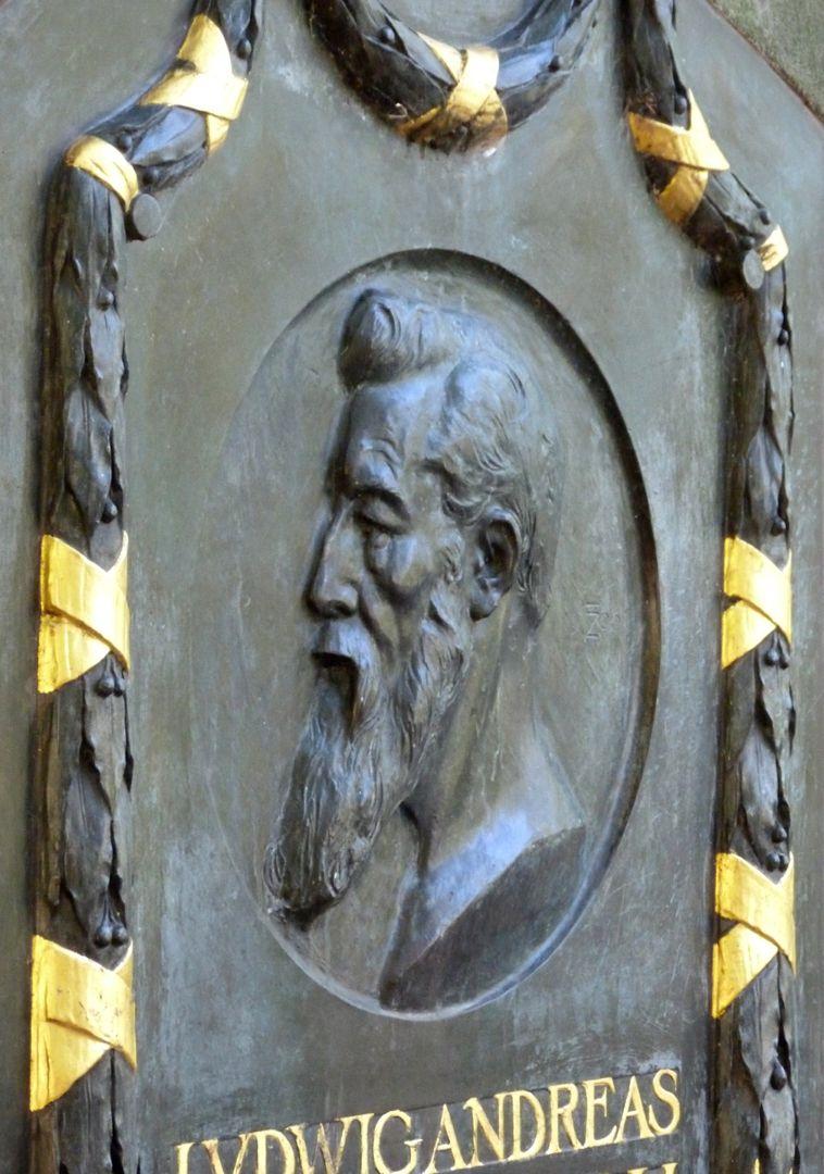 Gedenktafel, Ludwig Andreas Feuerbach Portrait, Seitenansicht