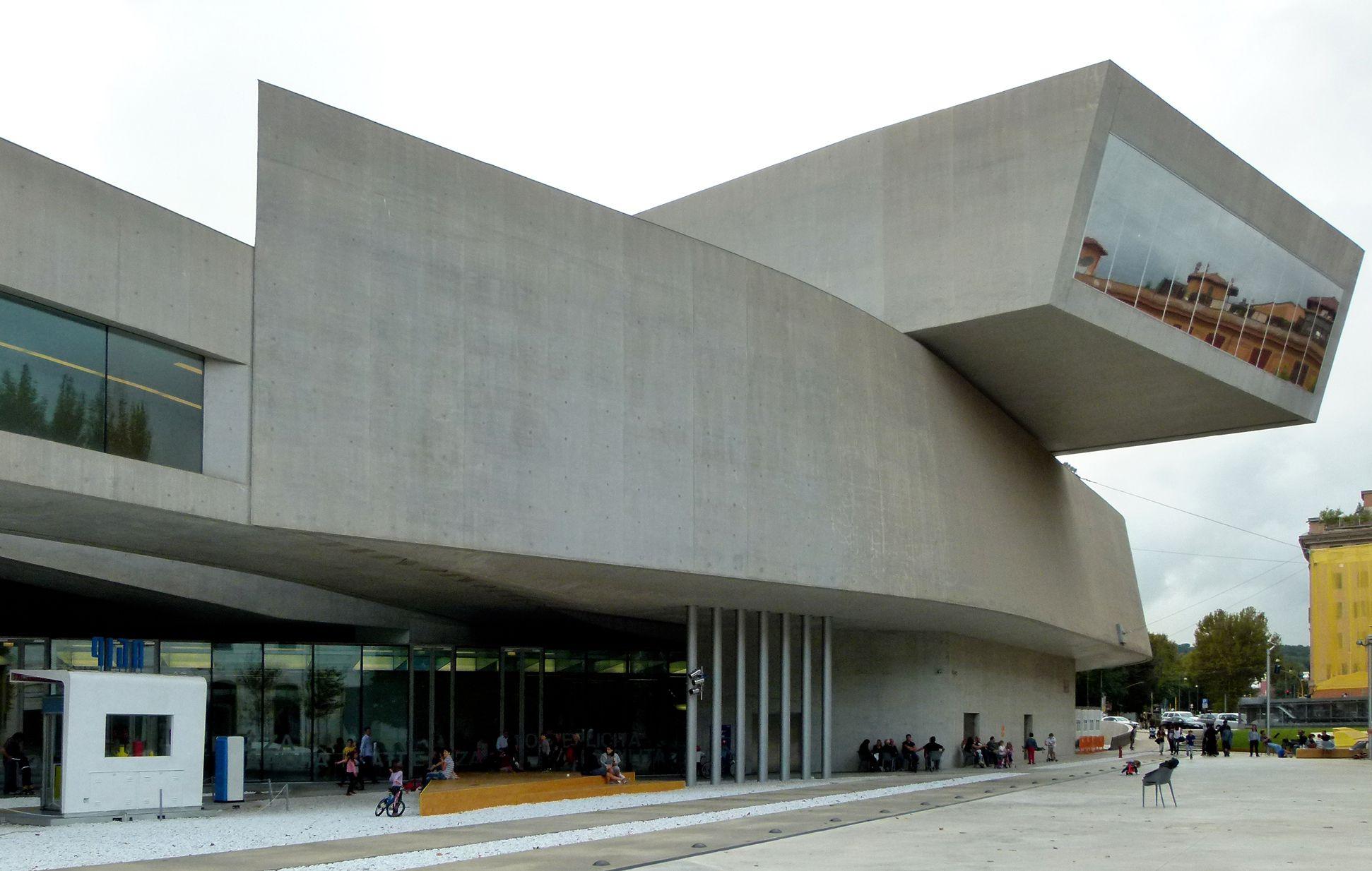Maxxi, Museo nazionale delle arti del XXI secolo (Rom) Fassade