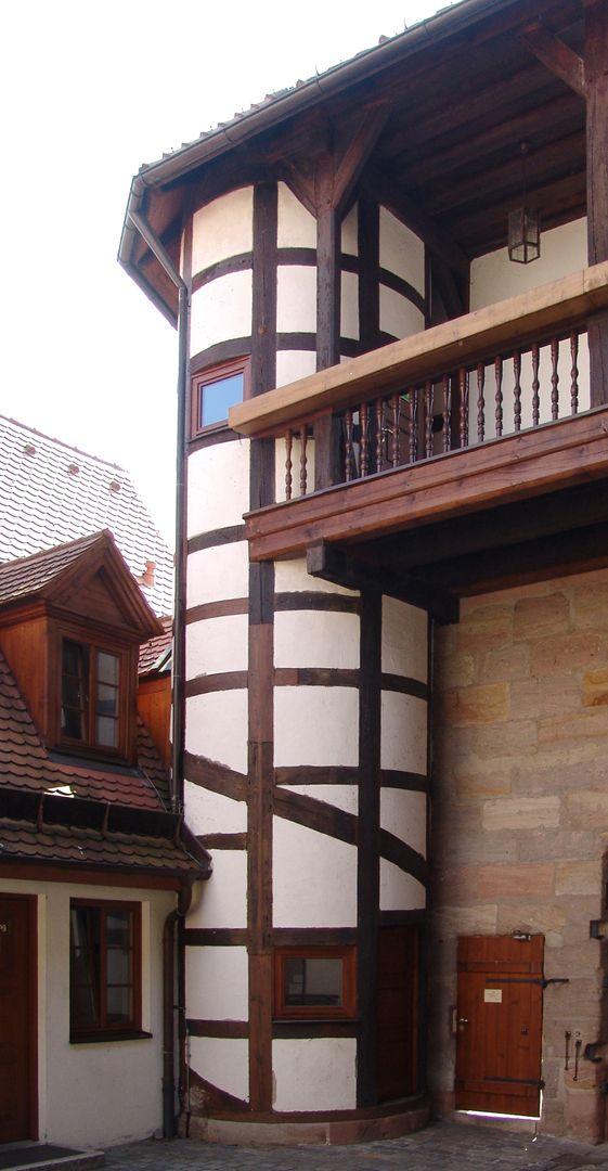 Treppen<p>nach 1552<br></p>